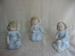 Anioł porcelanowy - Figurka dekoracyjna