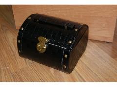 Kuferek na biżuterię 9536