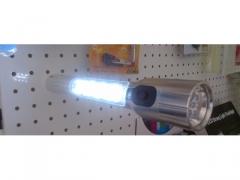Latarka 7 Led + 24 Led aluminiowa z magnesem