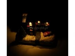 CHRISTMAS - domek swiecacy 8311