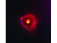 SUPER CENA - Serduszko świecące na szyję 12