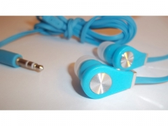 Słuchawki  douszne z płaskim kablem