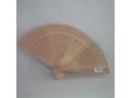 Wachlarz drewniany - wentylator ręcznie