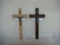 Krzyż drewniany - dwa kolory