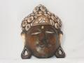 Maska z drewna